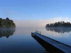 Lake_mapourika_NZ_jpeg